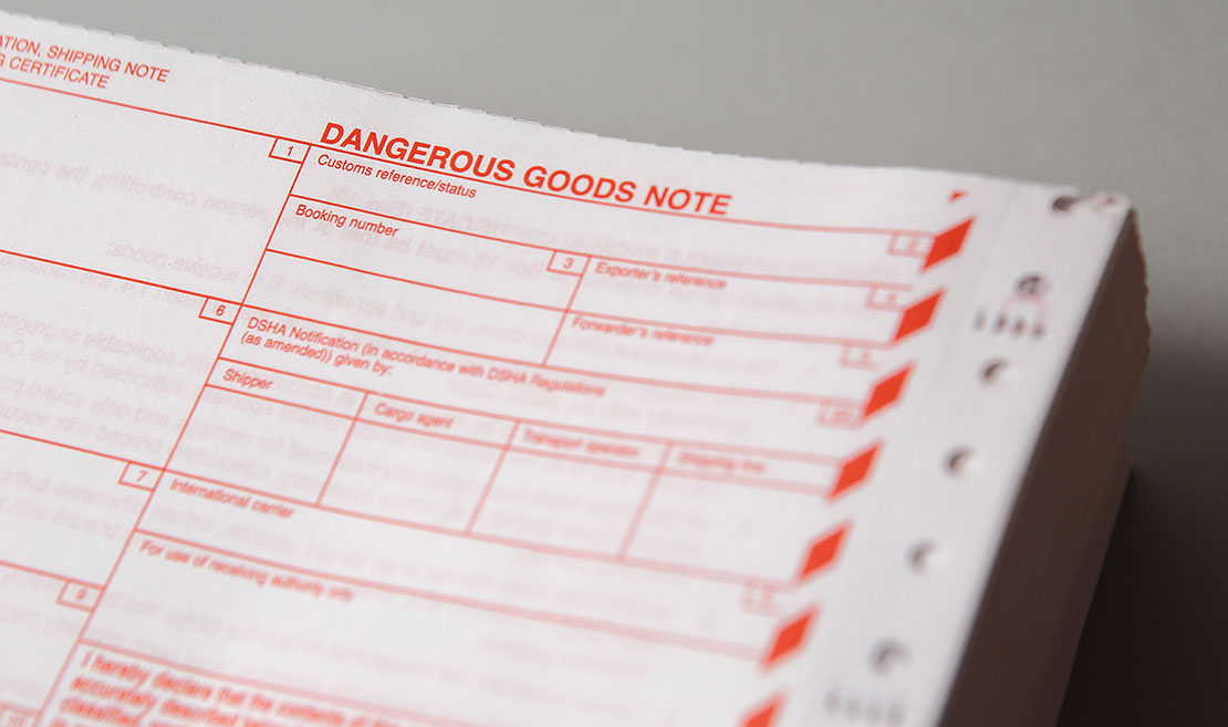 dangerous goods declaration & shipping notes