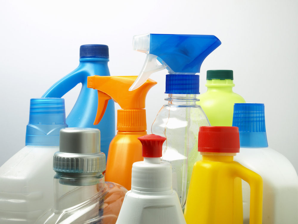 CLP Regulations: Chemical label bottles